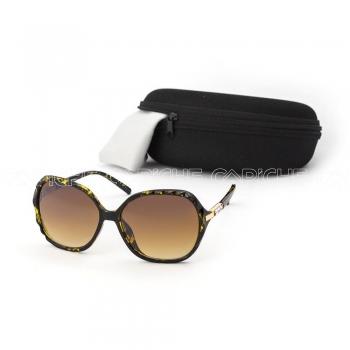 Óculos de sol Alissa Castanho