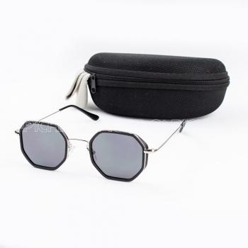 Óculos de sol Fuchy Black