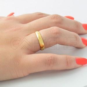 Aliança em aço Clássica Dourada