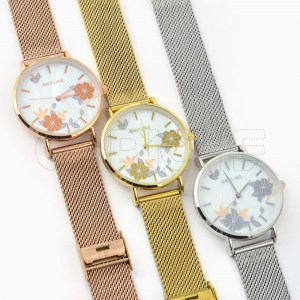 Relógio Floral Madre perola Dourado