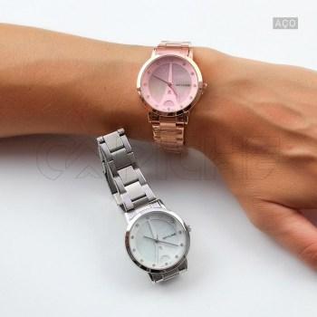 Relógio em aço Paris