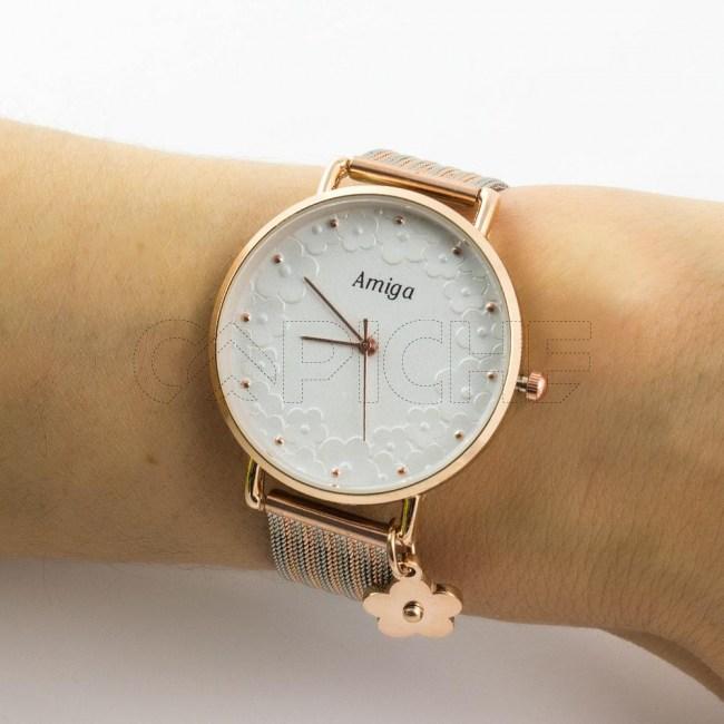 Relógio em aço Amiga